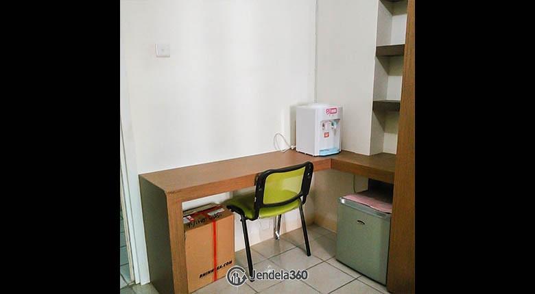 diningroom Apartemen Green Pramuka City Apartment
