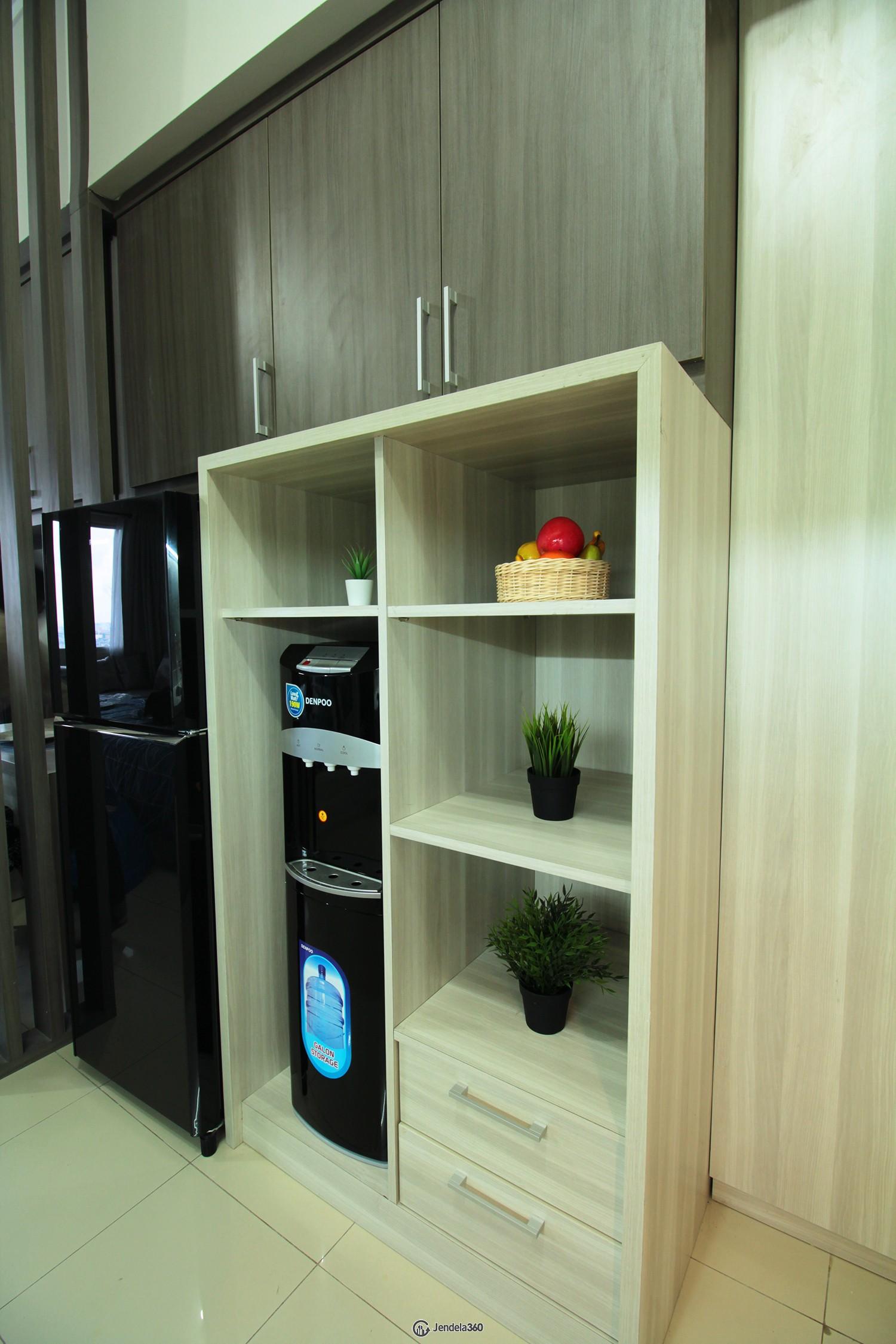 Dispenser Apartemen Season City Apartment