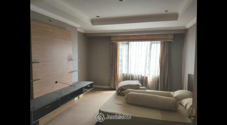 For Sell ISSD001 Apartemen Istana Sahid Apartment 3BR Semi Furnished