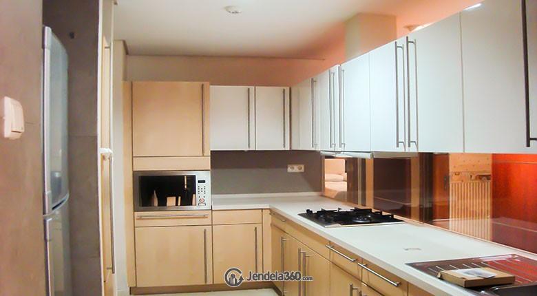 Kitchen Apartemen The Summit Apartment