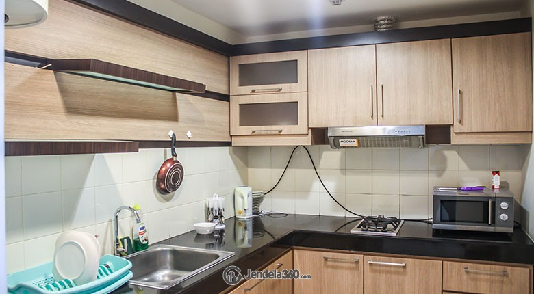 Kitchen Apartemen Essence Darmawangsa Apartment