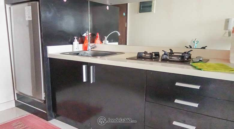 Kitchen Apartemen Westmark Apartment