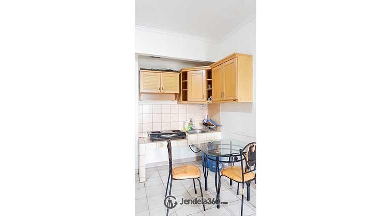 Kitchen Apartemen Mediterania Garden Residence 1