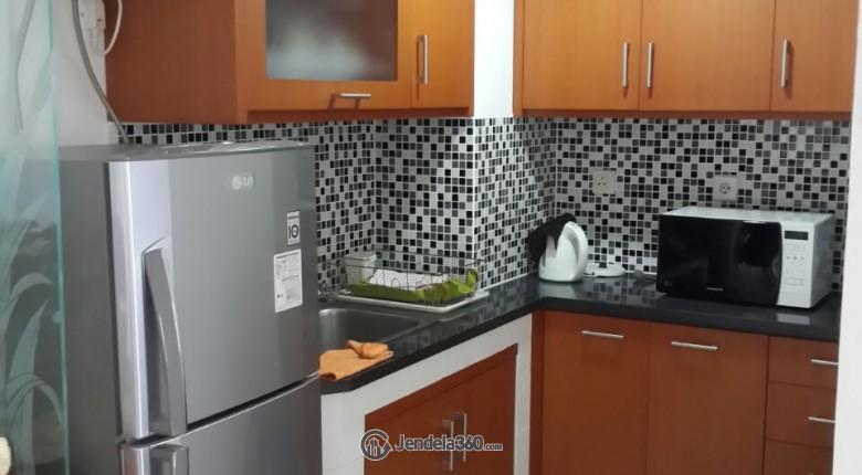 Kitchen Apartemen Poins Square Apartment