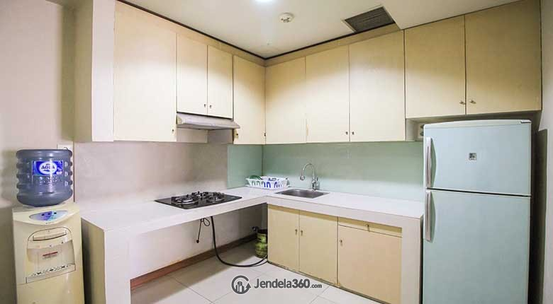 Kitchen Cosmo Mansion - Thamrin City Apartment