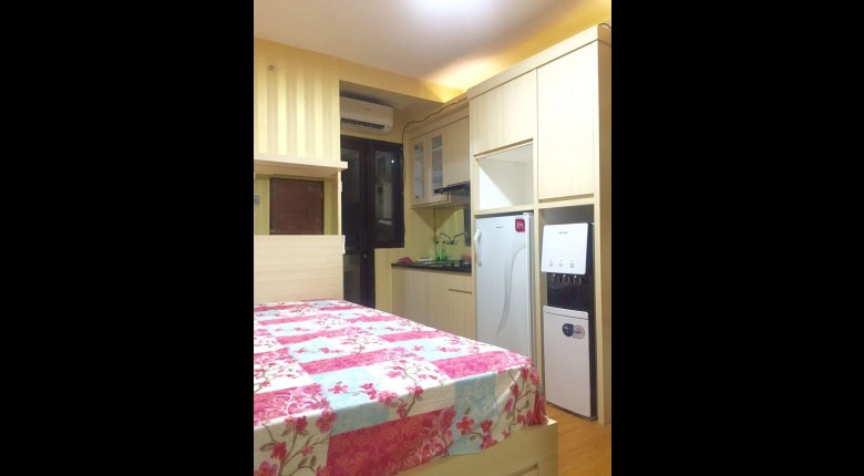 Kitchen Kebagusan City Apartment