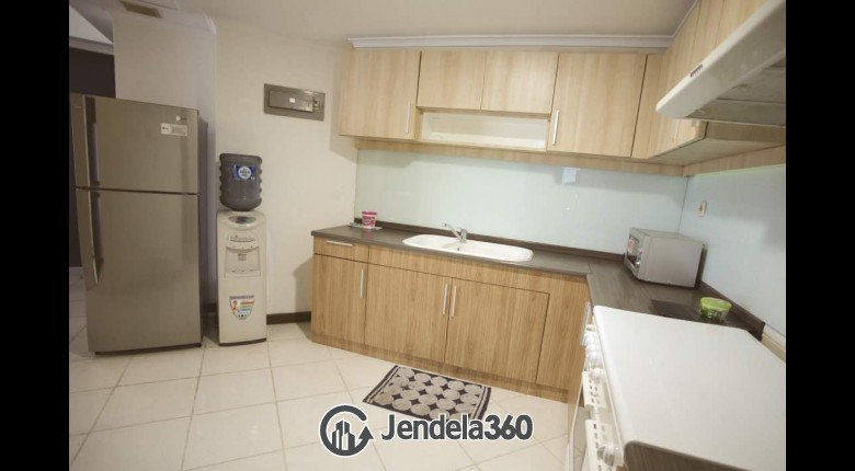 Kitchen Sudirman Tower Condominium (Aryaduta Suites Semanggi) Apartment