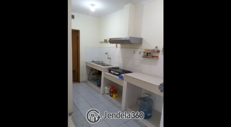 Kitchen Apartemen Red Top Apartment