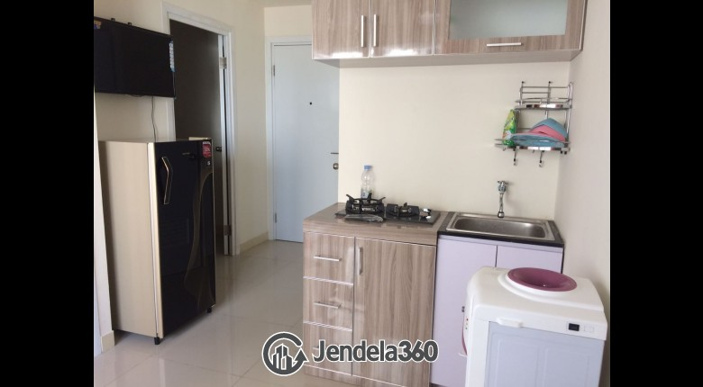 Kitchen Green Pramuka City Apartment