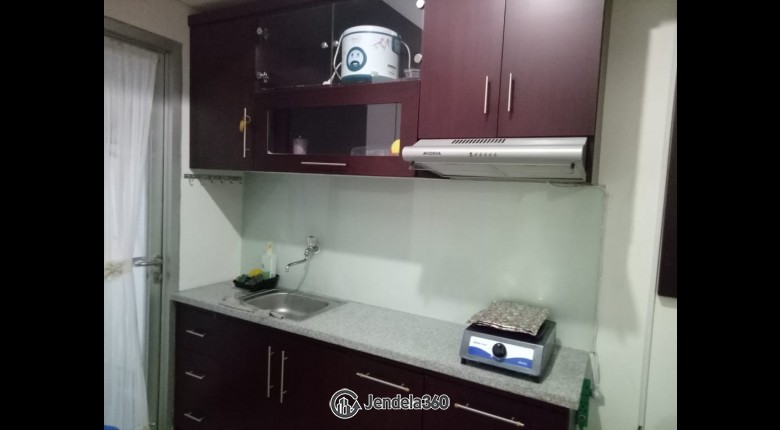 Kitchen Apartemen Green Lake Sunter Apartment