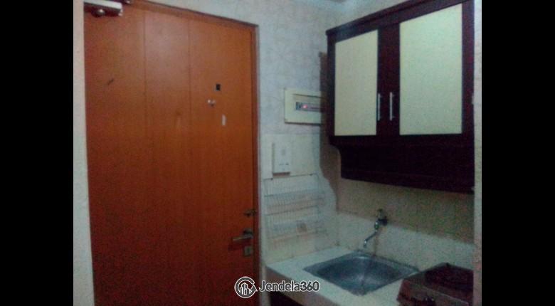 Kitchen Apartemen Grand Kartini Apartment