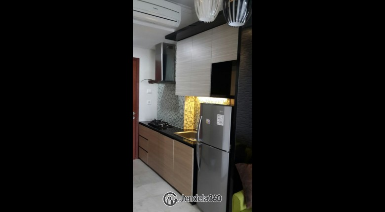 Kitchen Apartemen Central Park Apartment