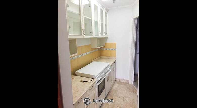 kitchen Beverly Tower Apartment