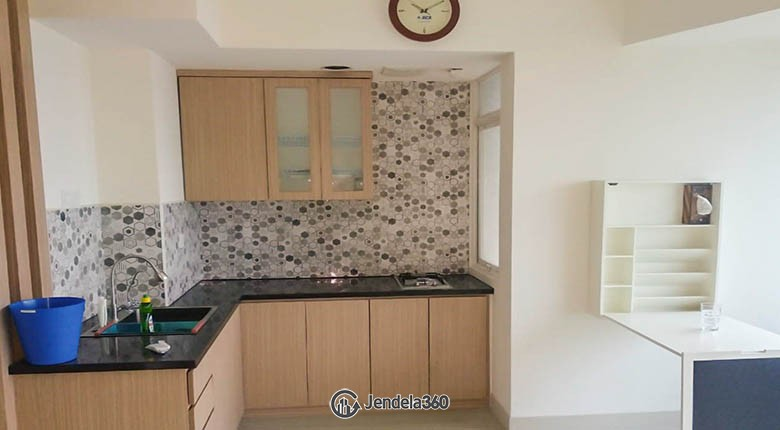 kitchen Apartemen Grand Kamala Lagoon Apartment