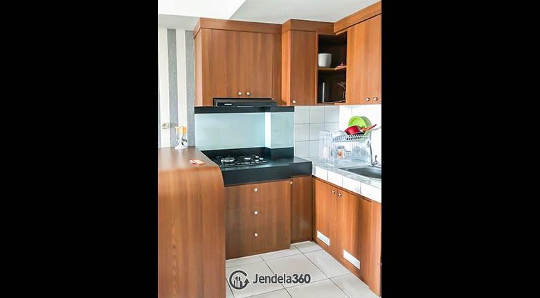 Kitchen The Springlake Summarecon Apartment