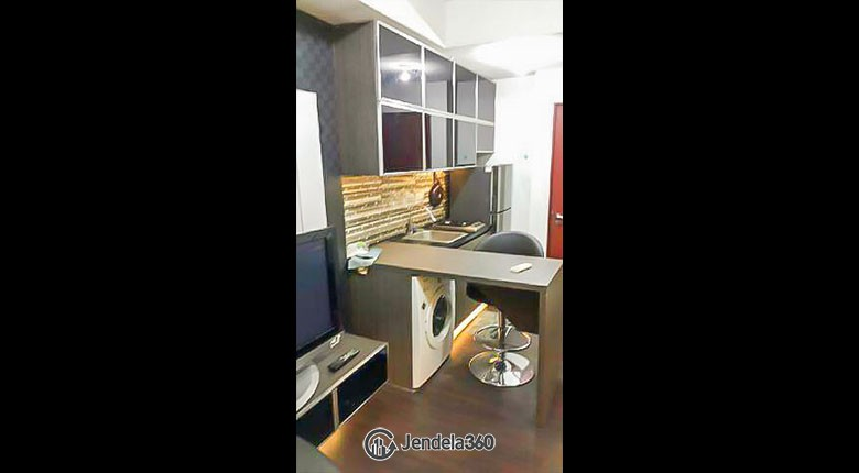 kitchen Sudirman Park Apartment