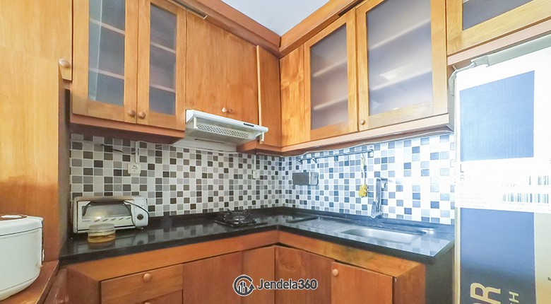 Kitchen Sudirman Park Apartment