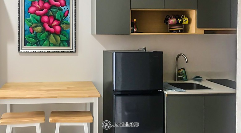 Kitchen Apartemen Taman Anggrek Residence