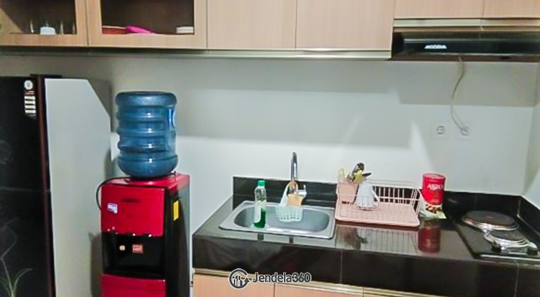 Kitchen Apartemen Roseville SOHO & Suites
