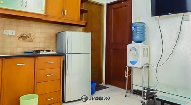 Kitchen Mediterania Gajah Mada Apartment