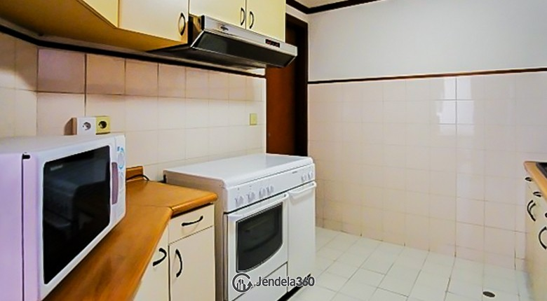 Kitchen Apartemen Puri Casablanca Apartment