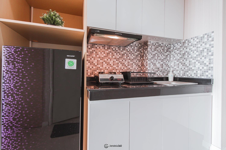 Kitchen Metro Park Residence
