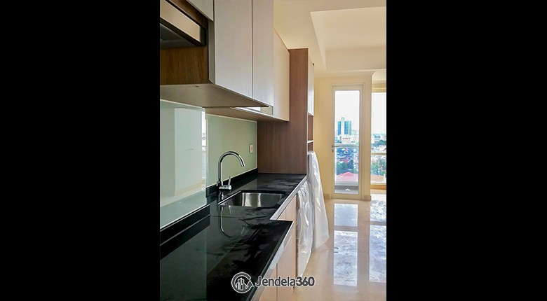 Kitchen Menteng Park Apartment