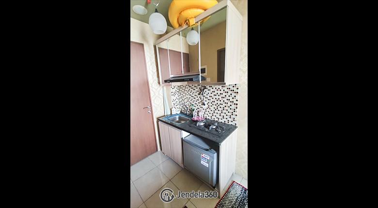 Kitchen Apartemen Tifolia Apartment