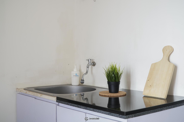 Kitchen Green Pramuka City Apartment
