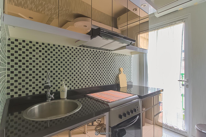 Kitchen Pancoran Riverside Apartment Apartment