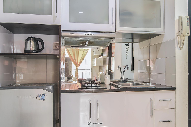 Kitchen Apartemen Gardenia Boulevard Apartment