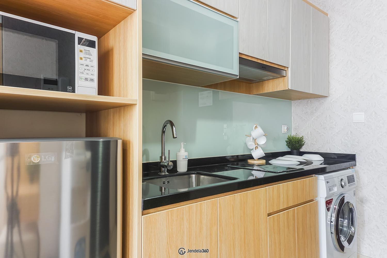 Kitchen Menteng Park Apartment