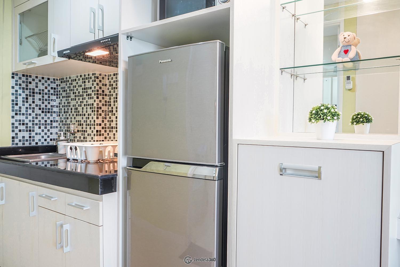 Kitchen Metro Park Residence Apartment