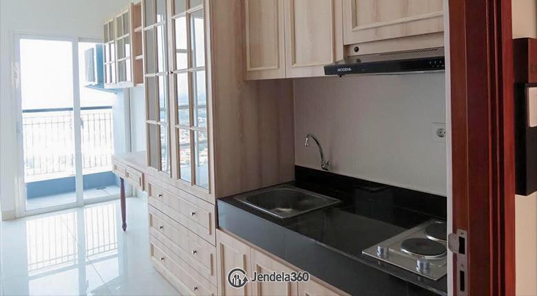 Kitchen Roseville SOHO & Suites