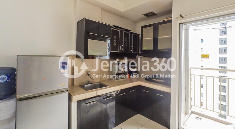 Kitchen Apartemen Mediterania Garden Residence 2