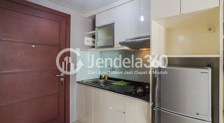 Kitchen Royal Mediterania Garden Residence Apartment