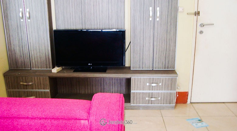 season city apartment for rent