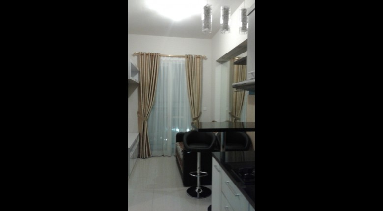 Living Room Apartemen Westmark Apartment 1 BR View City View (Sudirman)