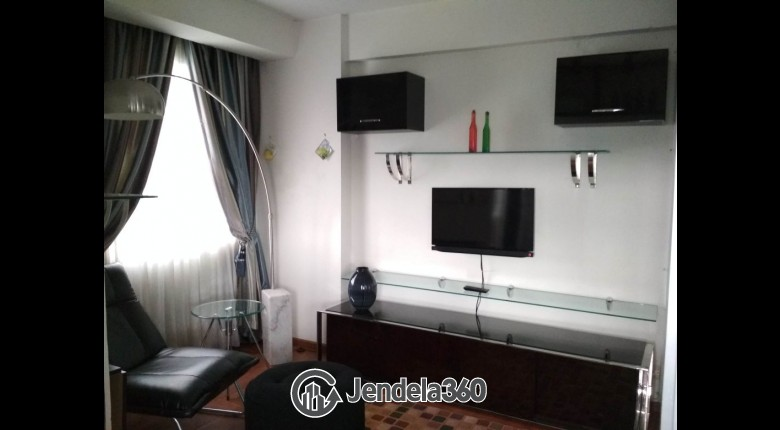 Living Room Apartemen Menteng Square Apartment 1BR Fully Furnished
