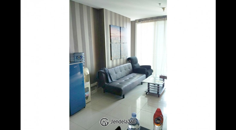 Living Room Apartemen Central Park Apartment