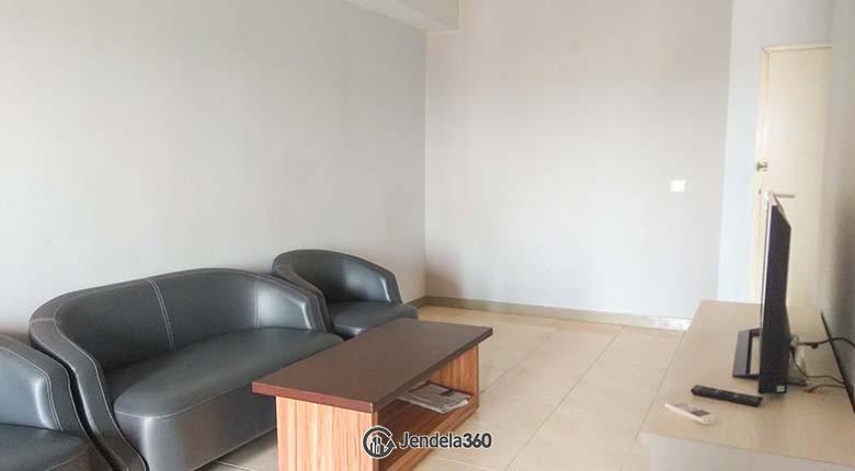 Living Room Apartemen Season City Apartment