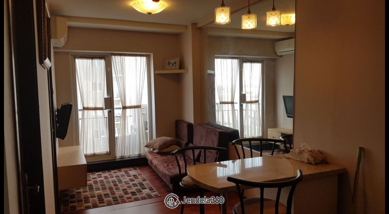 Living Room Apartemen Puri Park View Apartment 2BR Fully Furnished