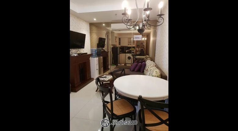Living Room Apartemen The Mansion Kemayoran Bougenville 2BR Tower Emerald