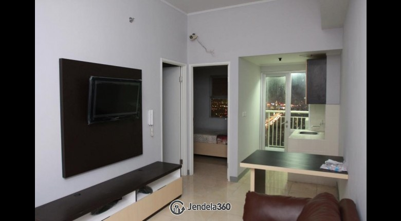 Living Room Season City Apartment 2br View