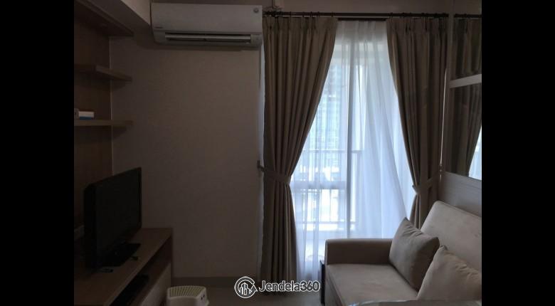 Living Room Apartemen Callia Apartment 1BR Tower Callia