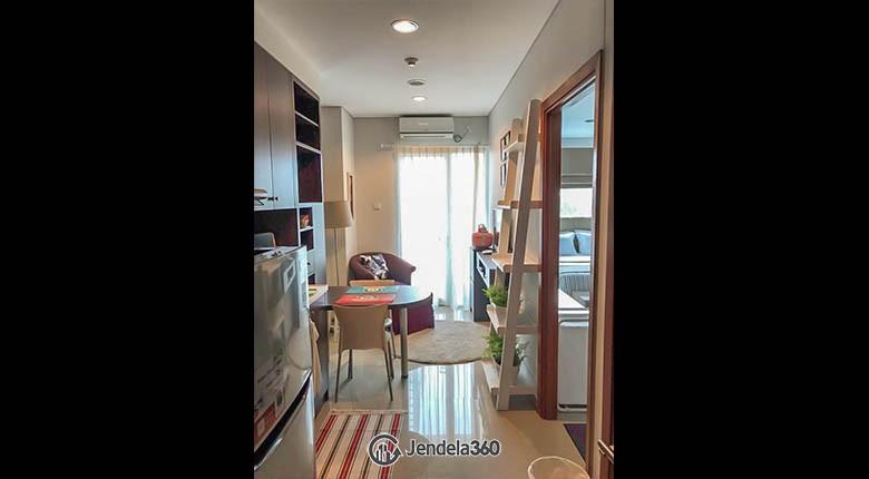 living room Woodland Park Residence Kalibata Apartment