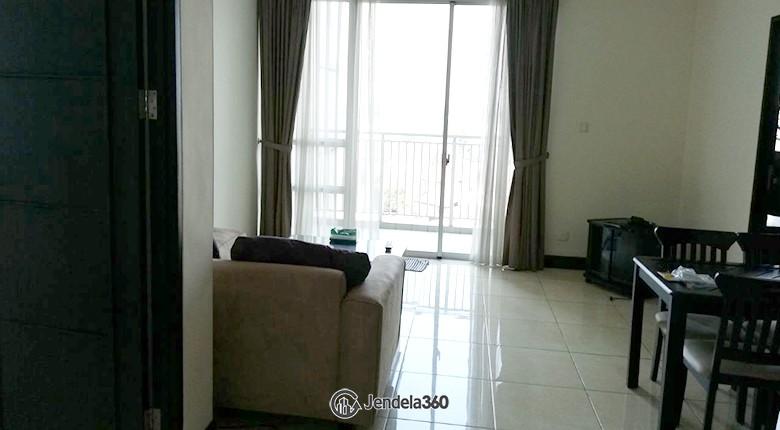 living room Apartemen Essence Darmawangsa Apartment