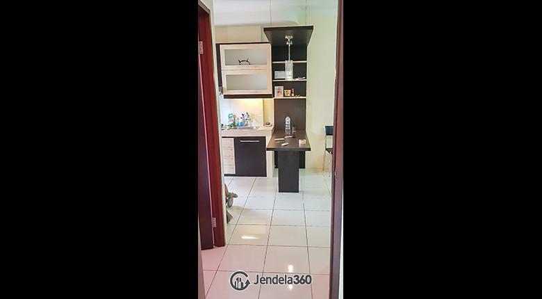 living room Apartemen Mediterania Garden Residence 2