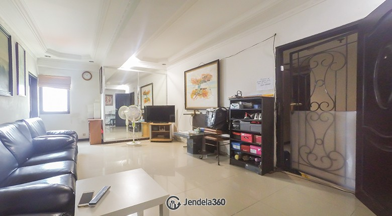 Living Room Apartemen Condominium Rajawali Apartment