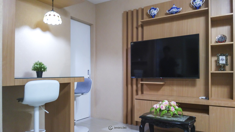 Living Room Apartemen Bassura City Apartment